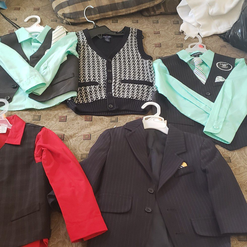 Brand new baby suits for boys