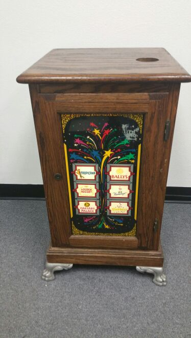 Vintage Lighted Casino Slot Machine Stand For Sale In Sarasota Fl Offerup