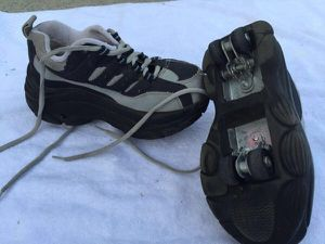 Boys roller shoes size 1-2 for Sale in Huntersville, NC