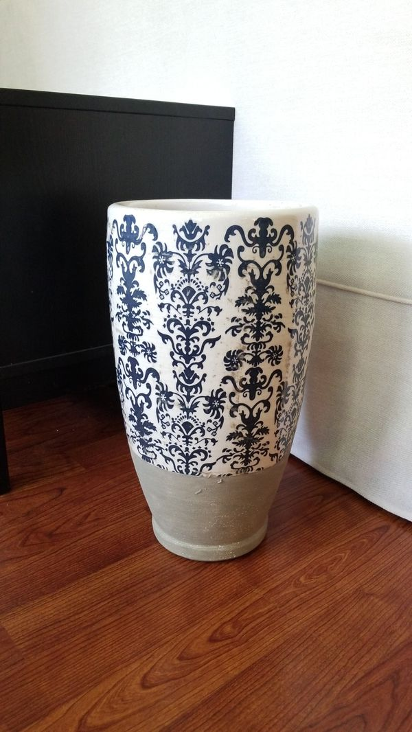 Pottery Barn Vase For Sale In Brooksville Fl Offerup