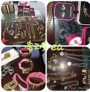 Costume jewelry for Sale in Longwood, FL