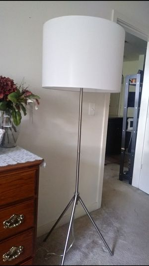 CIPRIANA TRIPOD FLOOR LAMP for Sale in McLean, VA