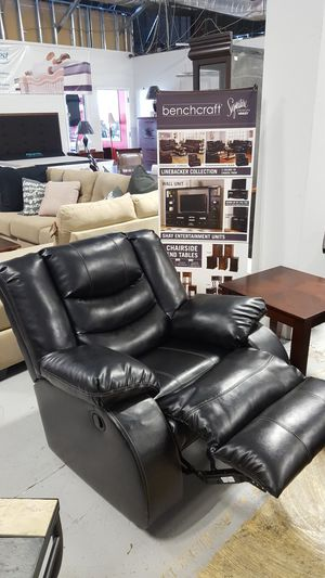 Leather Rocker Recliner for Sale in Chantilly, VA