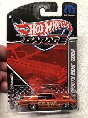 Hotwheels garage 1:64 mopar 68' Plymouth Hemi Cuda 12/15 Mint for Sale in O'Fallon, MO