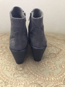 Vince Camuto women's booties size 10 Thumbnail