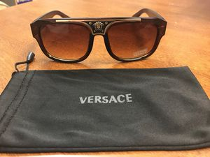 d209f53eb5 Versace sunglasses new never worn for Sale in Margate