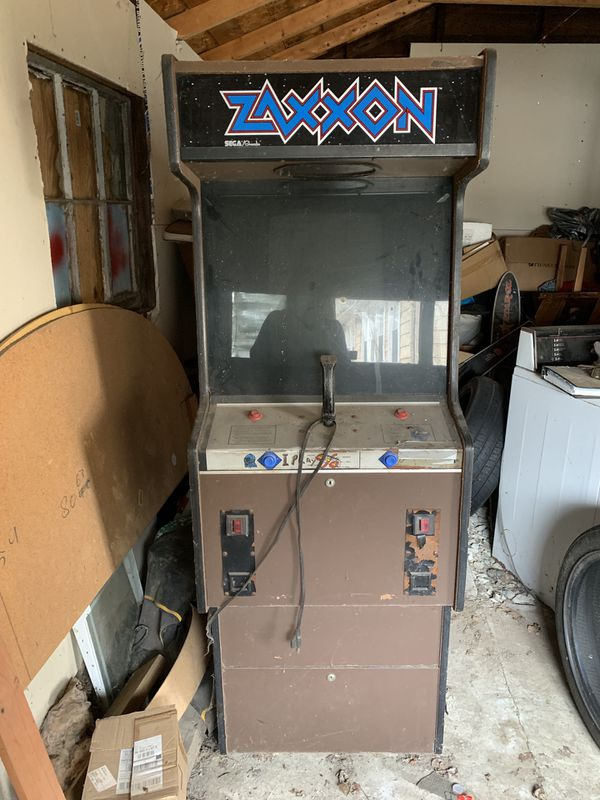 """VINTAGE """"ZAXXON"""" ARCADE GAME for Sale in Indianapolis, IN - OfferUp"""