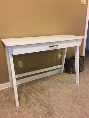 White Target Desk for Sale in Pittsburgh, PA