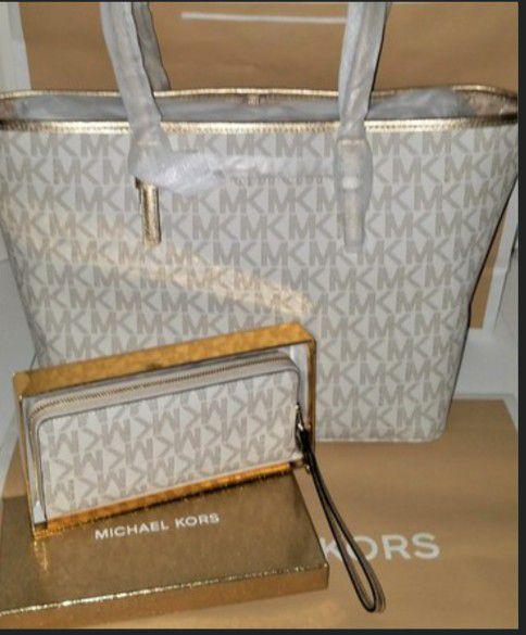 6e51713eaa82f NWT Michael Kors MK large Jet Set vanilla gold tote and matching wristlet  wallet