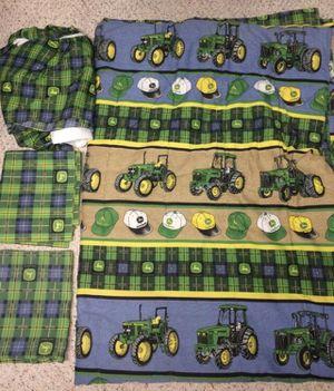 John Deere Twin Bedding & Valance - Like New for Sale in Loveland, OH