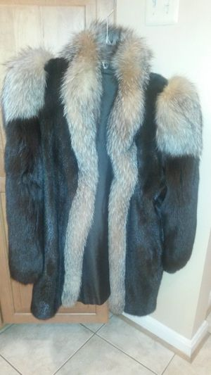 Like new solid mink and fox fur coat for Sale in Silver Spring, MD