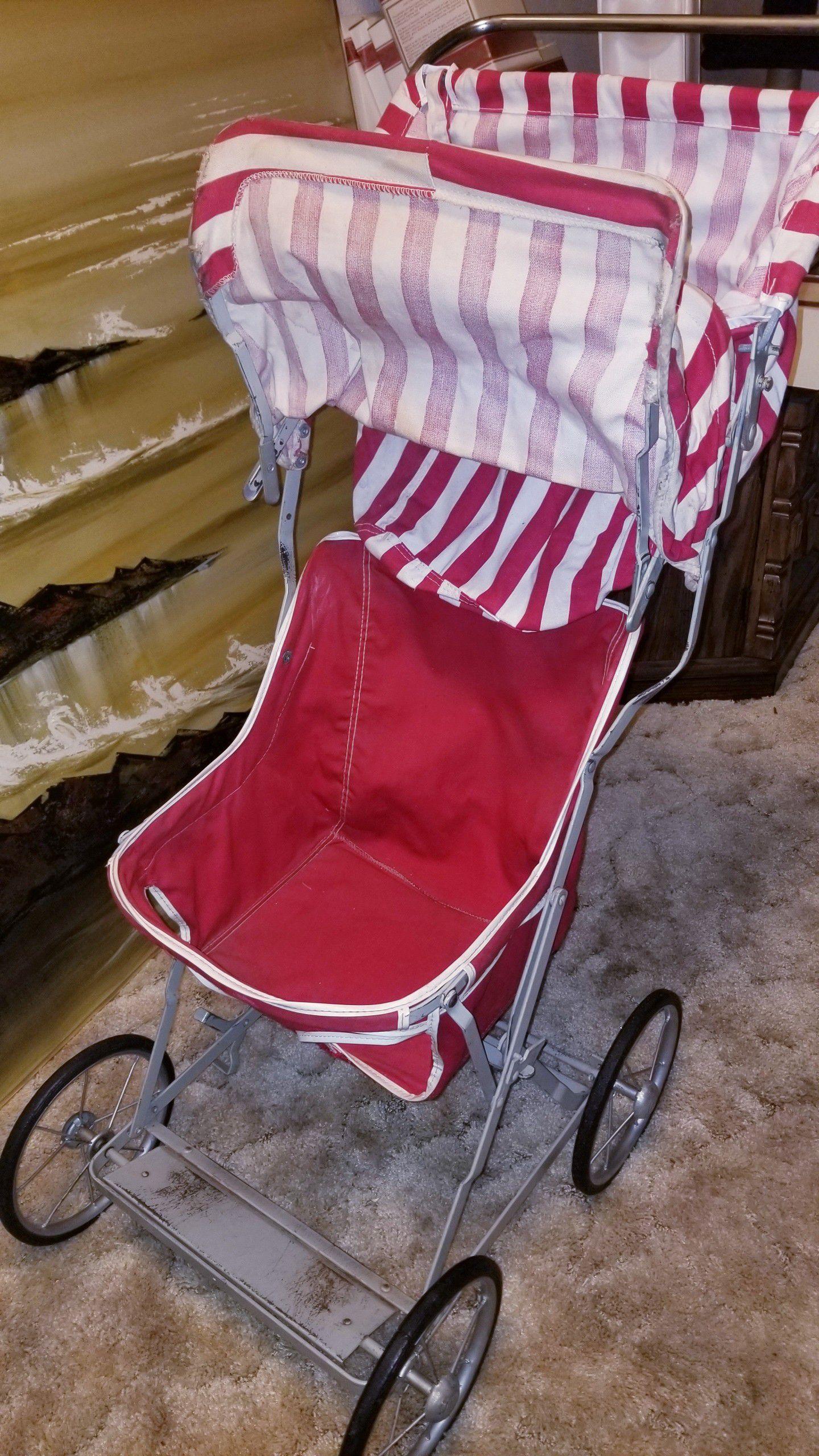 Vintage 1950 baby doll stroller