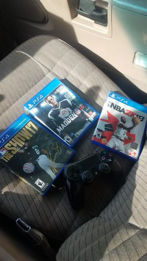 madden 18 2k18 MLB17 and ps4 controller for Sale in Martinsburg, WV