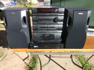200 Watts Sony stereo system with speakers for Sale in Washington, DC