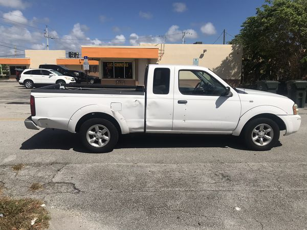 2004 Nissan Frontier Xe Runs Great I M A Private Owner Clean Title Miles 168 789 Engine 4