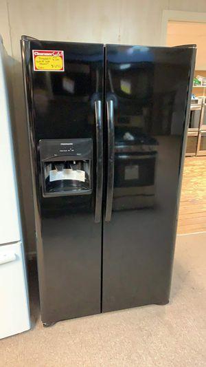 Photo Brand New Frigidaire Black Side By Side Refrigerator