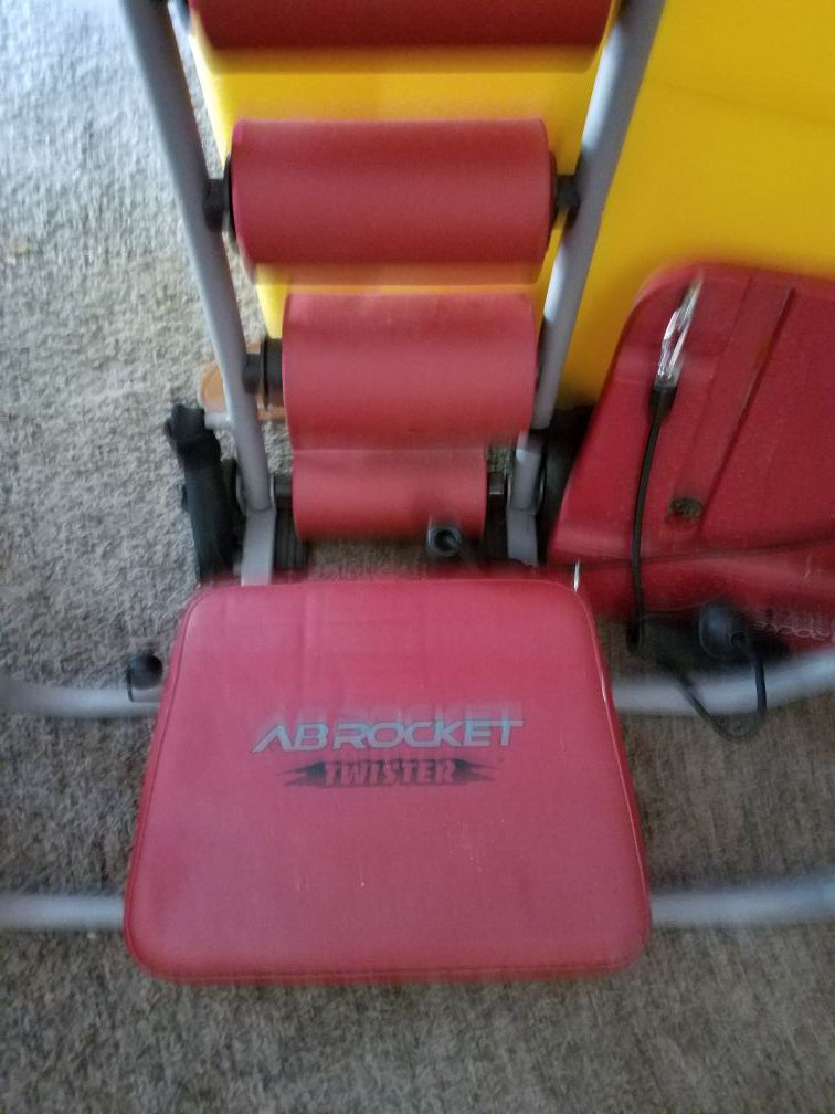 Ab Twister, with assessories included plus dvd