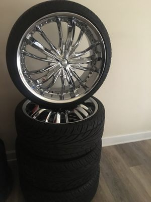 universal rims for any car or truck for Sale in Silver Spring, MD