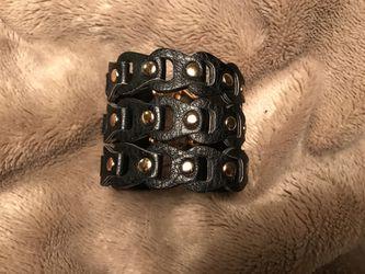 Small leather bracelet (petite) Thumbnail