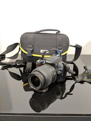 Nikon D5000 with 18-55mm Len and Travel Bag for Sale in Falls Church, VA