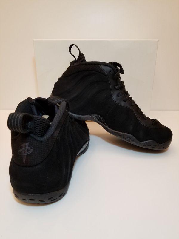 detailing c3514 f964f Nike Foamposite One Black Suede