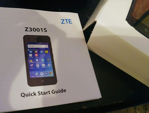 Qlink Wireless new ZTE Z3001S phone never activated  Still in box  20 or  make offer for Sale in Bay City, TX - OfferUp