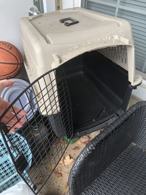 Dog Kennel - Small for Sale in Germantown, MD
