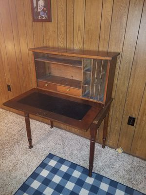 Antique Desk for Sale in West Springfield, VA