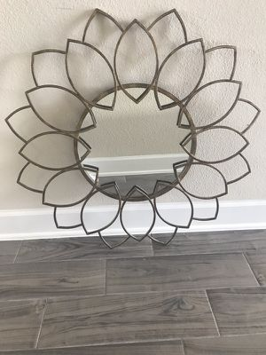 Decorative wall mirror for Sale in Sugar Land, TX
