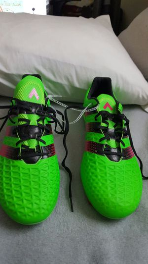 Adidas Ace 16.1 size : 9.5 for Sale in St. Louis, MO