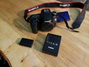 Canon 70d dlsr camera for Sale in Cleveland, OH
