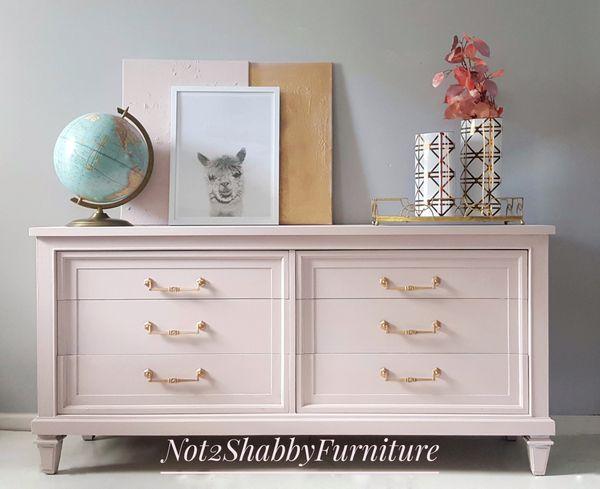 Vintage Century Fine Furniture 6 Drawer Dresser Pale Pink