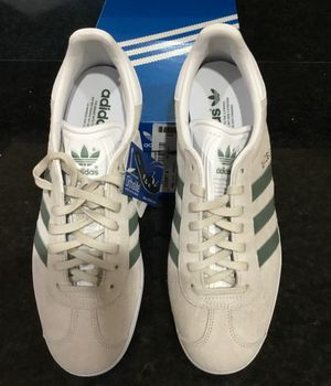 Adidas Gazelle Pearl Grey/Trace Green/White | Nubuck - Size 10 for Sale in Austin, TX