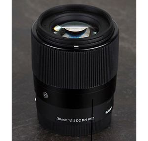 SIGMA Lens for Sony E mount 30mm for Sale in Columbus, OH