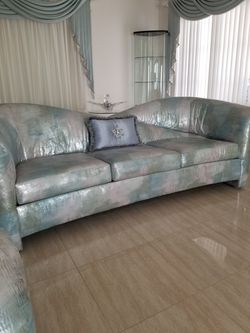 Couch Set  Thumbnail
