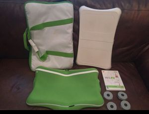 Wii fit Balance Board with game And carrying bag for Sale in Fort Washington, MD