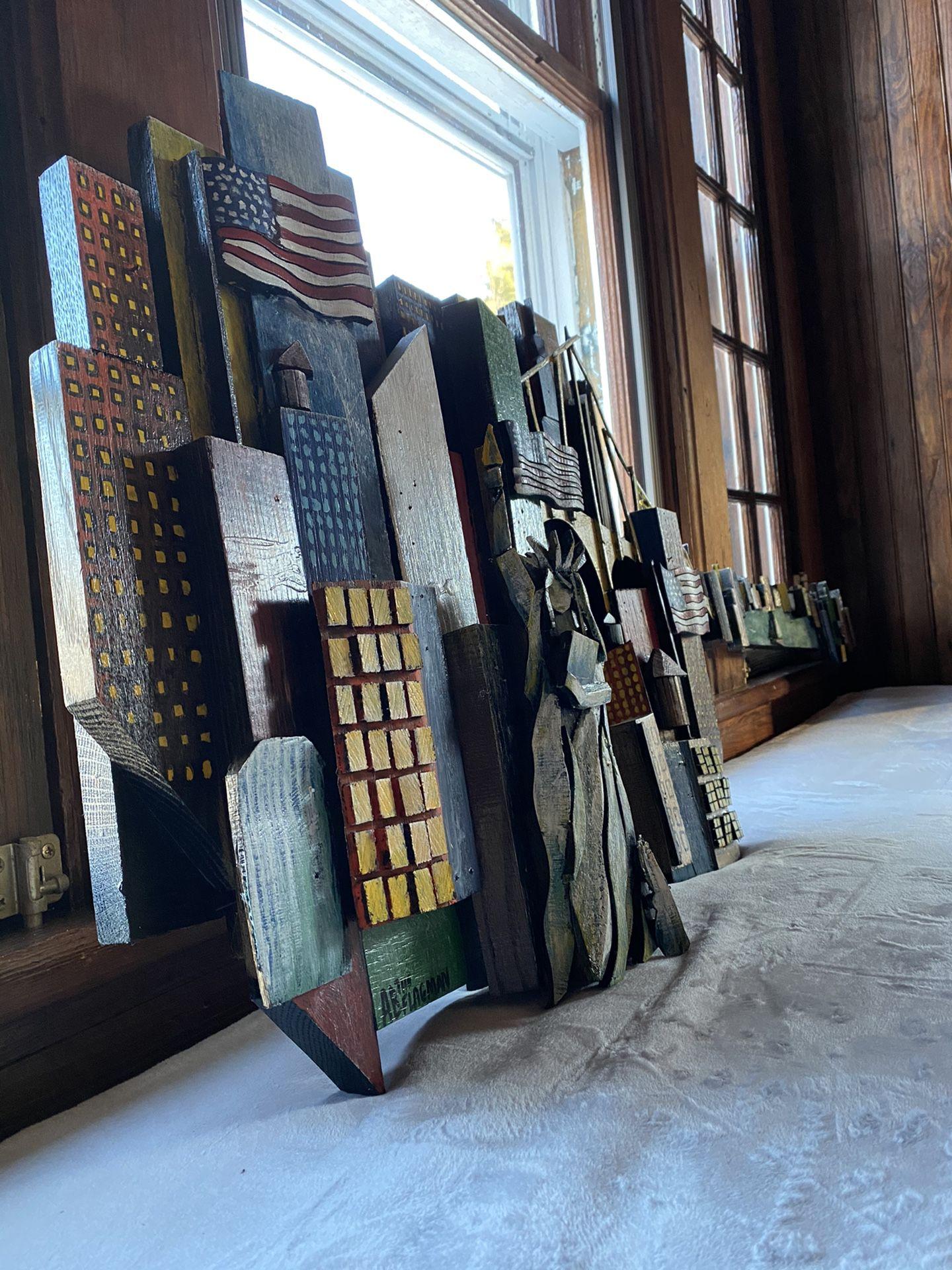 Folk Art / Outsider Art / Manhattan Guitar
