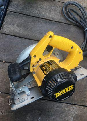 DeWalt dw358 circular saw corded for Sale in Washington, DC