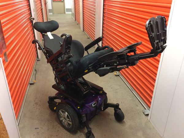 Quantum edge 2 0 power wheelchair for Sale in Sacramento, CA - OfferUp