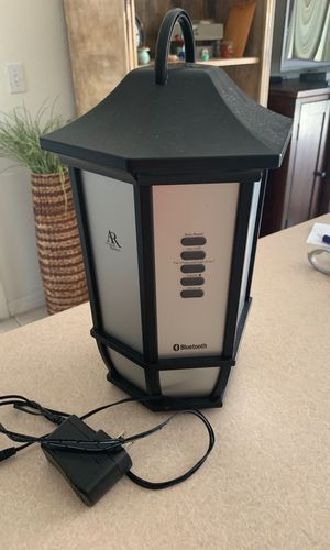 New and Used Bluetooth speaker for Sale in Kissimmee, FL