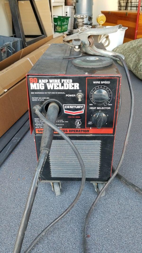 Century 90 amp wire feed MIG welder for Sale in Phoenix, AZ - OfferUp