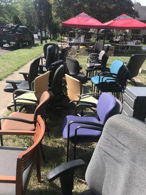 Chairs/sillas for Sale in Dallas, TX
