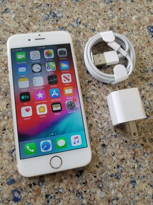 Photo UNLOCKED IPHONE 6, 64GB GOLD (THIS IS NOT THE PLUS) PERFECT CONDITIONS !!! PRICE IS FIRM !!!