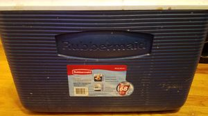 Rubbermaid Cooler / Ice chest for Sale in Denver, CO