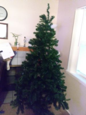 Free cristmas tree first come first get it for Sale in Renton, WA