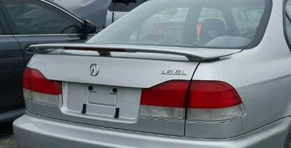 Acura EL Rear Spoiler For Sale In La Puente CA OfferUp - Acura el trunk