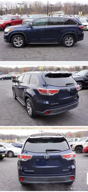 2014 Toyota. Highlander XLE AWD for Sale in Woodbridge, VA