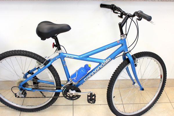 Blue Aluminum Cannondale M300 Cad1 Cycling Hybrid Mountain Bike Bicycle for  Sale in Boca Raton, FL - OfferUp