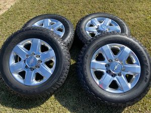 "Photo (4) 20"" Chevy Silverado High Country 2500/3500 Takeoffs + 275/65/20 Goodyear Wrangler - $1800"