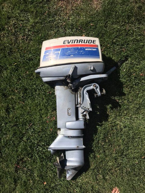 Evinrude 25 Hp >> Evinrude 1980 25hp 2 Stroke Outboard Motor Worktwin For Sale In Santa Clarita Ca Offerup